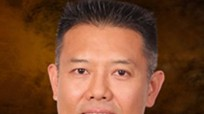 Từ cậu bé Việt Nam làm ruộng đến giáo sư nổi tiếng ở Mỹ