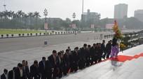 Cienco4 dâng hoa tưởng niệm Chủ tịch Hồ Chí Minh