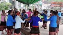 Náo nức trò chơi dân gian ở bản người Thái