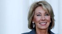 Phó tổng thống Mỹ phá thế bế tắc, phê chuẩn bộ trưởng Giáo dục
