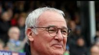 Vì sao Claudio Ranieri vẫn tại vị?