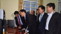 VOV tặng thiết bị kỹ thuật phát thanh cho huyện Nam Đàn