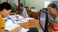 Người dân tham gia giám sát việc sử dụng thẻ BHYT