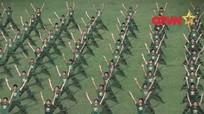 Clip bộ đội Việt Nam tập thể dục cực ấn tượng
