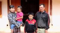 Cuộc sống bất hạnh của gia đình có hai con mắc bệnh tan máu bẩm sinh