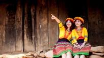 Ngắm sơn nữ miền Tây xứ Nghệ trẩy hội Xuân