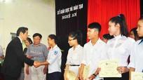 Nghệ An: Rút giấy phép 9 đơn vị tư vấn du học
