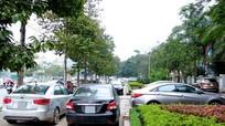 TP Vinh: Bao giờ người đi bộ được sử dụng vỉa hè?