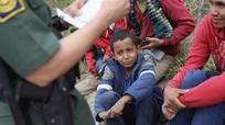 Mỹ đề xuất tách riêng phụ nữ và trẻ em vượt biên trái phép