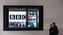 Phòng thu của BBC bị đột nhập khi đang phát sóng trực tiếp