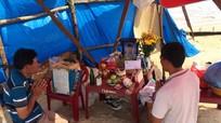 Tiếng khóc xé lòng trong ngôi nhà nam sinh viên Nghệ An bị sóng cuốn ở Huế