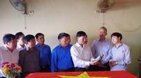 Quân khu 4 kiểm tra công tác quy tập mộ liệt sỹ tại Lào