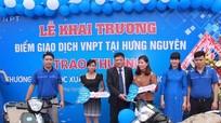 2 khách hàng VNPT Nghệ An trúng thưởng xe Piagio Liberty 125