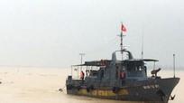 Cứu sống 7 thuyền viên gặp nạn trên biển