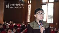 Ban Giám hiệu Trường Đại học Vinh đối thoại với sinh viên