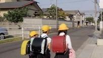 10 nguyên tắc dạy con tự đến trường an toàn