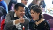 Cô gái Nga xinh đẹp quyết lấy chàng thợ mỏ nghèo Trung Quốc