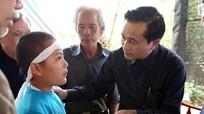 Phó Chủ tịch UBND tỉnh thăm hỏi, hỗ trợ gia đình 6 nạn nhân ở Quỳ Hợp