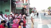 Thương tâm gia cảnh 'hiệp sỹ giao thông' ở Quỳnh Lưu