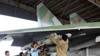 Xem Su-30MK2 Việt Nam diệt mục tiêu bằng bom phá mảnh