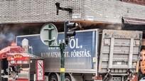 Có gì trong chiếc túi khả nghi trên xe 'điên' tại Stockholm?