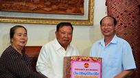 Bộ Tư lệnh Quân khu 4 thăm, chúc Tết lãnh đạo Đảng, Nhà nước Lào