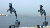 9 bức tượng đặc biệt hút khách du lịch như nam châm