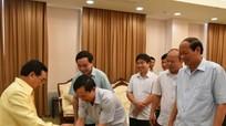 Bộ Tư lệnh Quân khu 4 chúc Tết Ban Bí thư Trung ương Đảng nhân dân cách mạng Lào