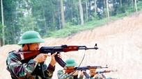 Lữ đoàn Thông tin 80 tổ chức bắn súng AK cho tân binh