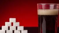 Uống nhiều nước có đường tăng nguy cơ mất trí và đột quỵ