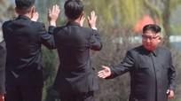 'Kim Jong-un không điên mà chỉ cố sống sót'