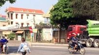 Đang sang đường, một phụ nữ bị xe máy đâm tử vong