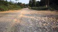 Dự án đường hơn 50 tỉ chưa bàn giao đã xuống cấp