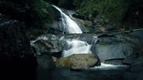 Vẻ đẹp hoang sơ thác Suối Pá