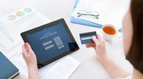 Tăng phí dịch vụ ngân hàng điện tử