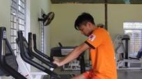 Ban huấn luyện SLNA tiếp tục đau đầu vì chấn thương của Đình Hoàng