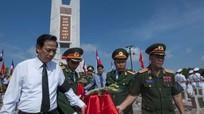 Trang trọng lễ an táng liệt sỹ và chuyên gia Việt Nam hy sinh ở Lào