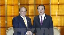 Chủ tịch nước gặp song phương bên lề Diễn đàn 'Vành đai và Con đường'