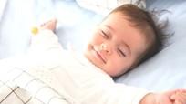 6 lưu ý khi cho trẻ sơ sinh nằm điều hòa