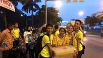 Sinh viên Nghệ An ở Huế bán bánh gai làm từ thiện