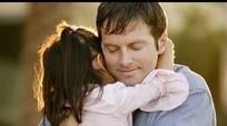 10 lý do bạn nên ôm đứa con của mình nhiều hơn mỗi ngày