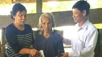 Tặng 60 phần quà cho người khuyết tật ở huyện miền núi Con Cuông