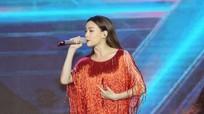 Minh Hằng, Hồ Ngọc Hà lần đầu biểu diễn cùng sân khấu sau 'lùm xùm' ở The Face