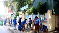 Tương Dương: 150 đoàn viên thanh niên tham gia ngày 'Chủ nhật xanh'