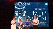 Sinh viên Đại học Vinh tổ chức sinh nhật bất ngờ cho mẹ trong đêm tri ân