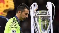 Thủ thành Buffon thất vọng tột độ sau trận thua Real Madrid