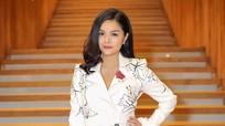 Phạm Quỳnh Anh mời Hà Hồ, Hoàng Thùy Linh tham gia liveshow