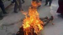 Tẩm xăng đốt chết vợ cũ rồi tự tử
