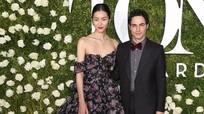 Trang phục hoa lá chiếm lĩnh thảm đỏ Tony Awards 2017