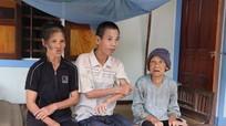 Bi đát gia cảnh mẹ già 83 tuổi chăm sóc hai con mắc bệnh, tật nguyền